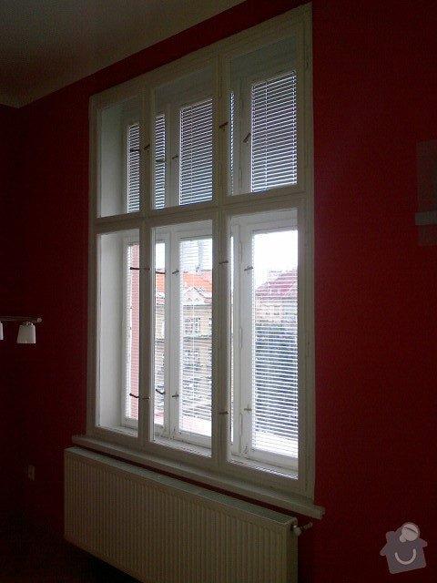 Renovace nátěru špaletových oken a dveří: Okno_ulice