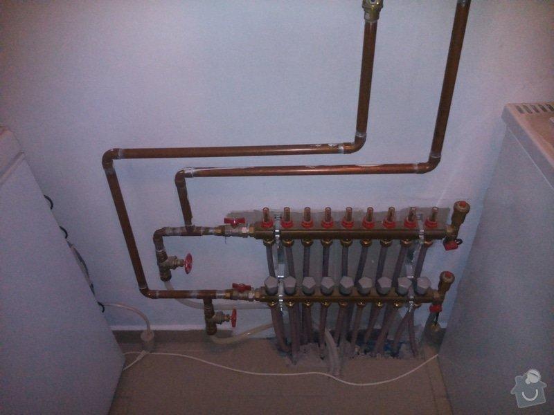 Odvdušnění podlahového topení: DSC_0369