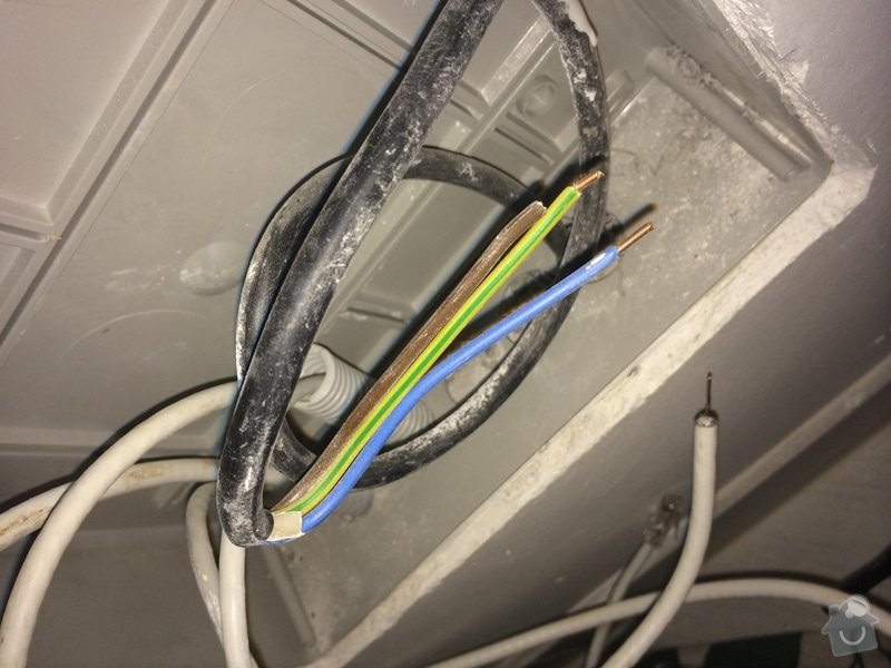 Oprava odfláknutých rozvodů LAN + TV: IMG_0588_1_