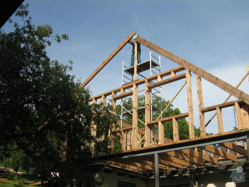 Nástavba rodinného domu: hruba_stavba_031