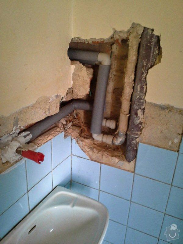 Rekonstrukce vodovodního potrubí-náhrada kovu za plast: 20140821_113555