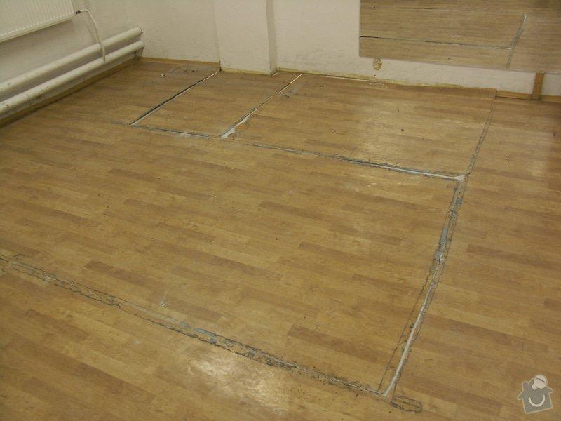 Vyrovnání podhaly, pokládka kachliček: rozbita_podlaha01