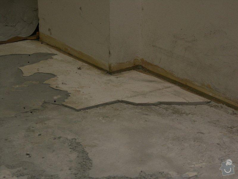 Vyrovnání podhaly, pokládka kachliček: rozbita_podlaha05