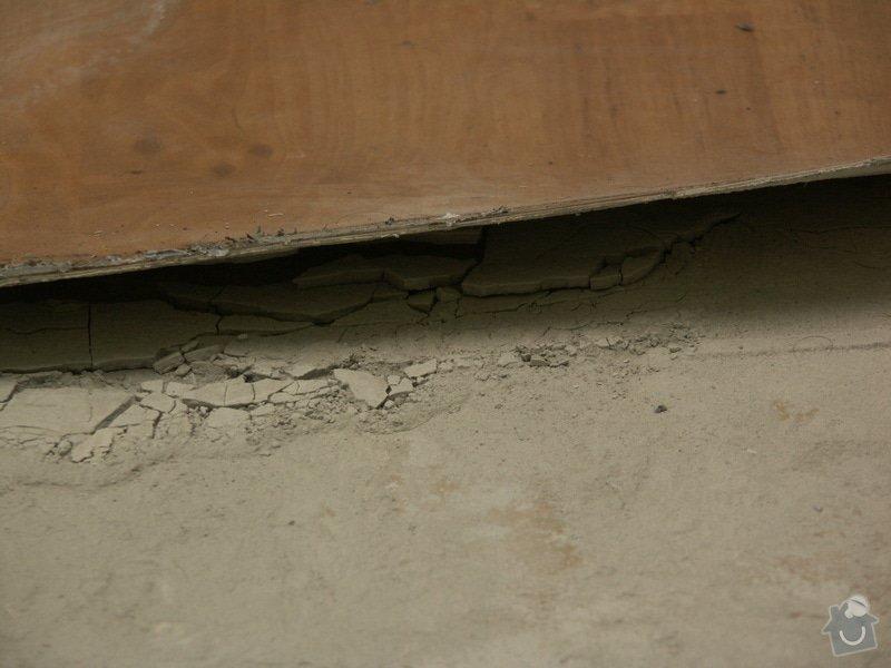 Vyrovnání podhaly, pokládka kachliček: rozbita_podlaha07