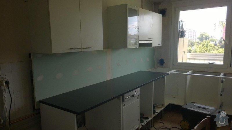 Obložení za kuchyňskou linkou: 3000121