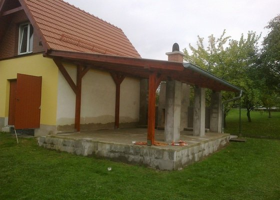 Stavba zahradní pergoly