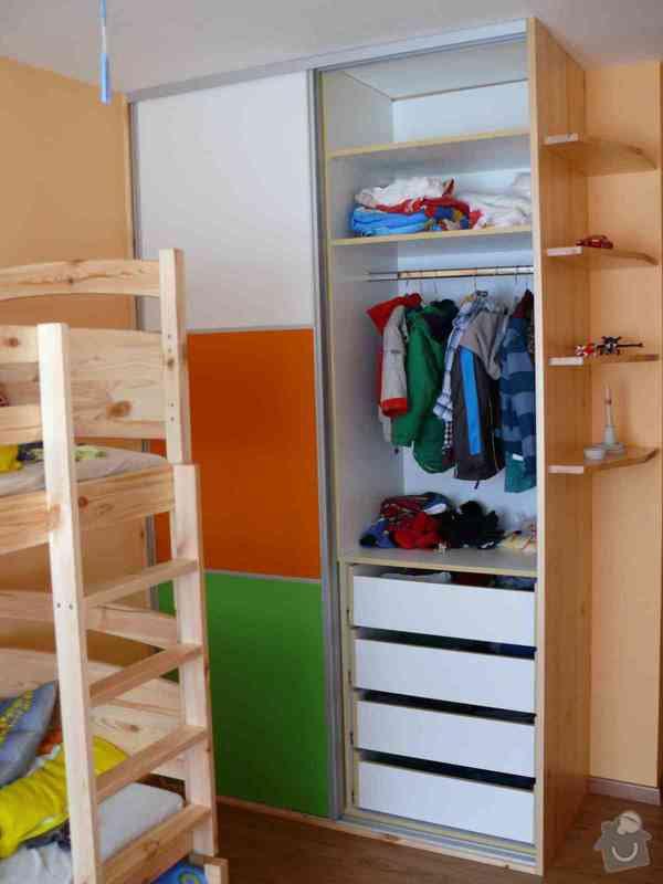 Vestavěná skříň do dětského pokoje: P1120807