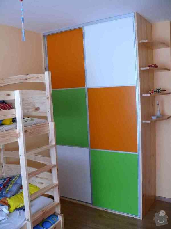 Vestavěná skříň do dětského pokoje: P1120810