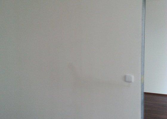 Montáž příčky s posuvnými dveřmi