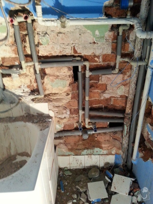 Kazetové podhledy // opravy stěn-štukování: 20140324_125727