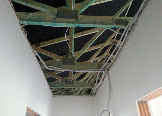 Sádrokarton - stropní podhledy