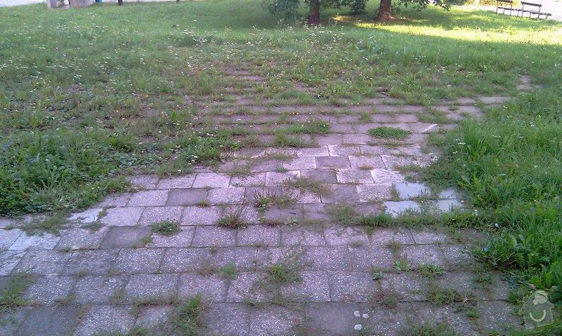 Předláždění bytového chodníku: IMAG1026