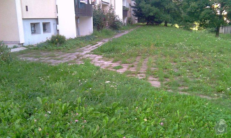 Předláždění bytového chodníku: IMAG1027