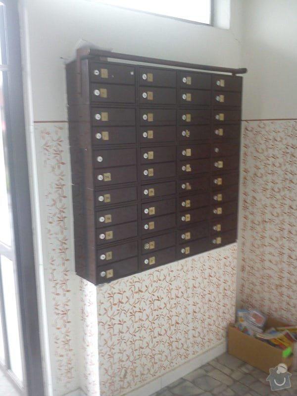 Výměna stávajících 44 ks bytových schránek: DSC00364
