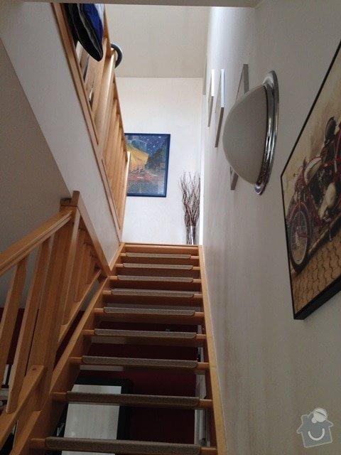 Malířské (chodba podél schodiště v mezonetovém bytě) + drobná oprava stropu: IMG_7313
