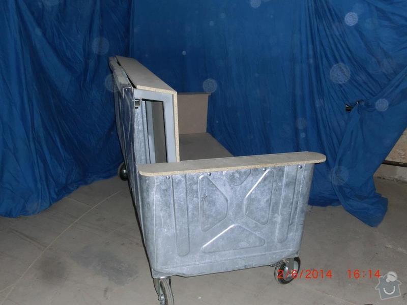 Čalounické práce - očalounení atypické sedačky z kontejnéru: CIMG3693