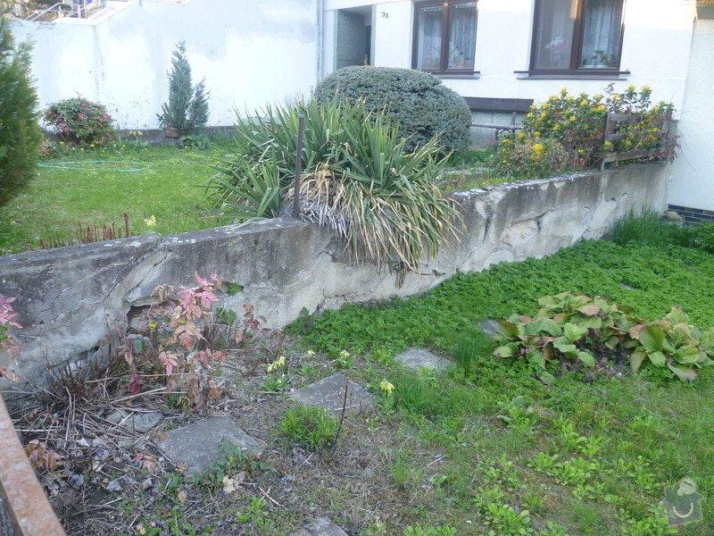 Venkovní betonová zeď: zed1