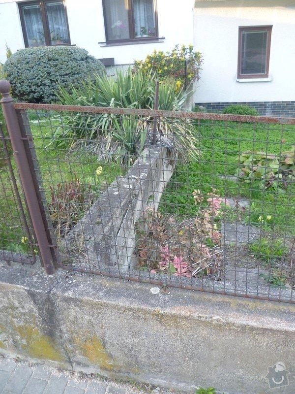 Venkovní betonová zeď: zed2