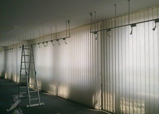 Montáž  a oprava vertikálních žaluzií