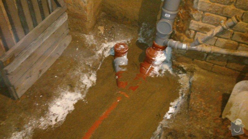 Vodaři - kanalizační trubka: DSC_0029