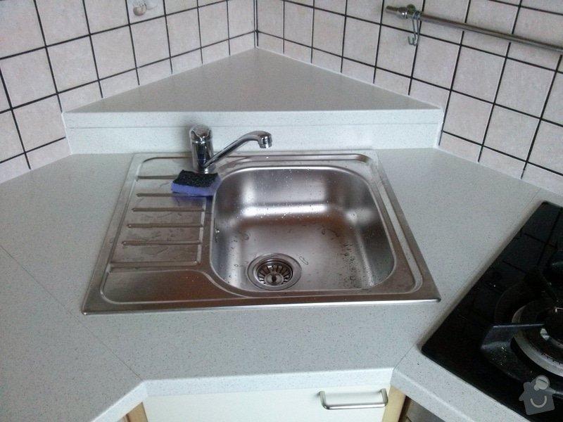 Výměna kuchyňské desky: CAM01142