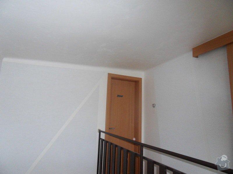 Malířské práce, zednické opravy, alespoň hrubý úklid (chodbička přízemí, chodba schody - 2. patrová, záchod, koupelna, stěna v obývacím pokoji): chodba_patro