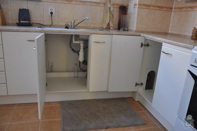 Instalatérské práce - připojení myčky k odpadu: DSC_0672