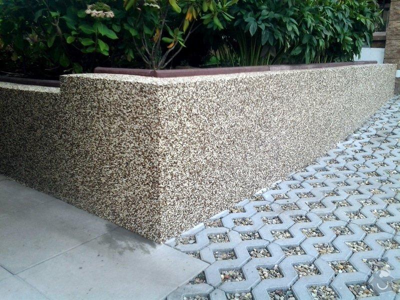 Zednické práce -úprava chodníku včetně pokládky top Stone: 2014-08-18_14.53.53
