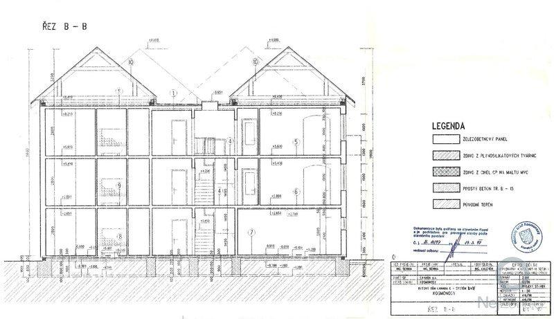 Rekonstrukce 4 valbových střech 339m2: rez_B
