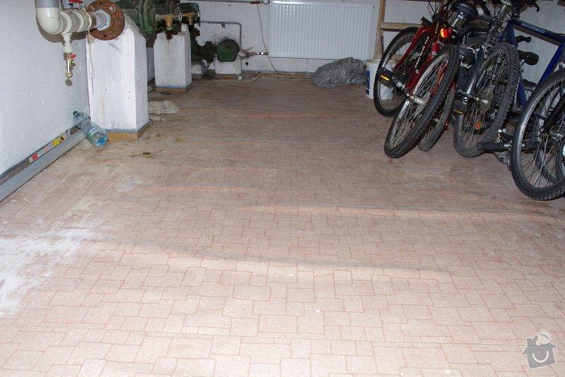 Pokládka dlažby v technické místnosti: IMGP9082
