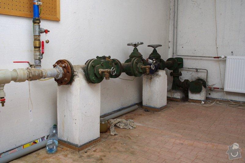 Oprava uzávěrů vodovodu: A