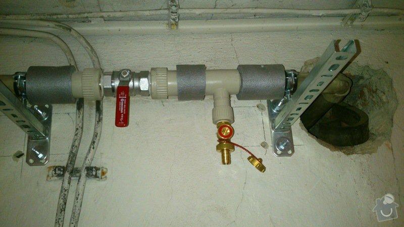 Rekonstrukce vodovodu v suterénu: DSC_0164