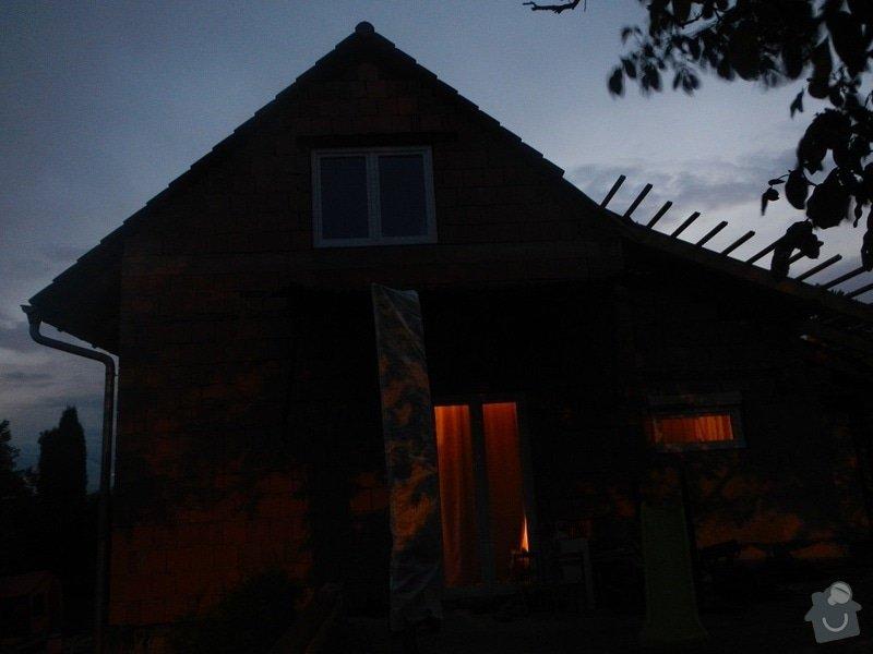 URGENTNI - tento tyden - Prodlouzeni strechy ve stitu: DSCN7949