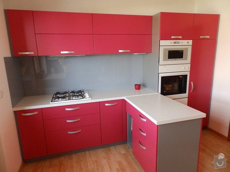 Kuchyňská linka: P8210044-B