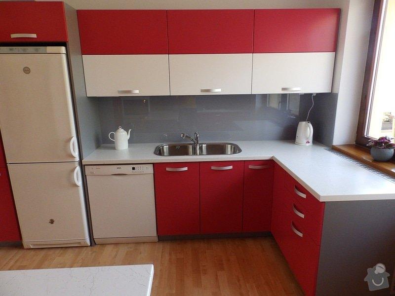 Kuchyňská linka: P8210045-B