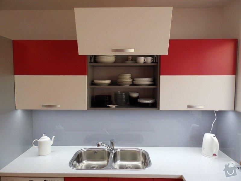 Kuchyňská linka: P8210061-B