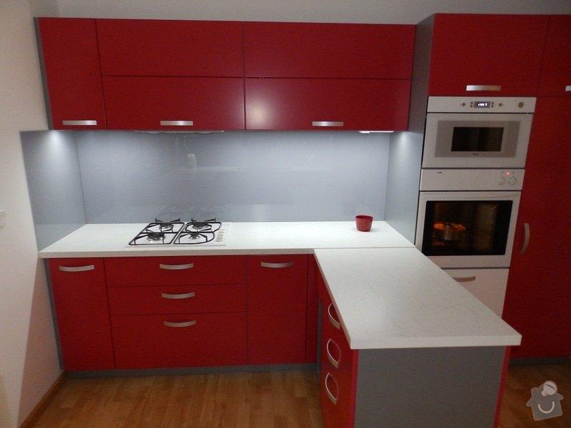 Kuchyňská linka: P8210080-A