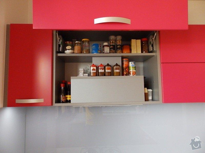 Kuchyňská linka: P8210066-B