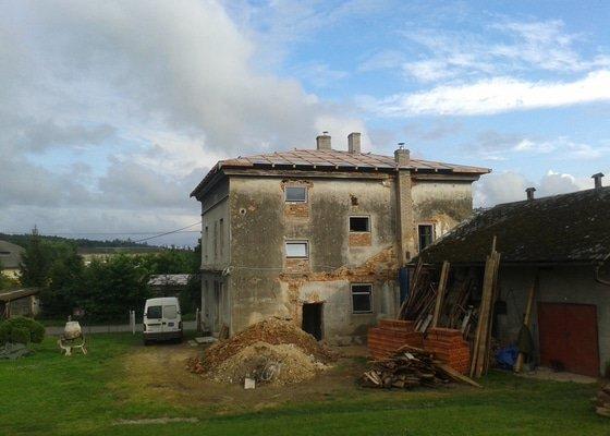 Rekonstrukce stanové střechy rodinného domu