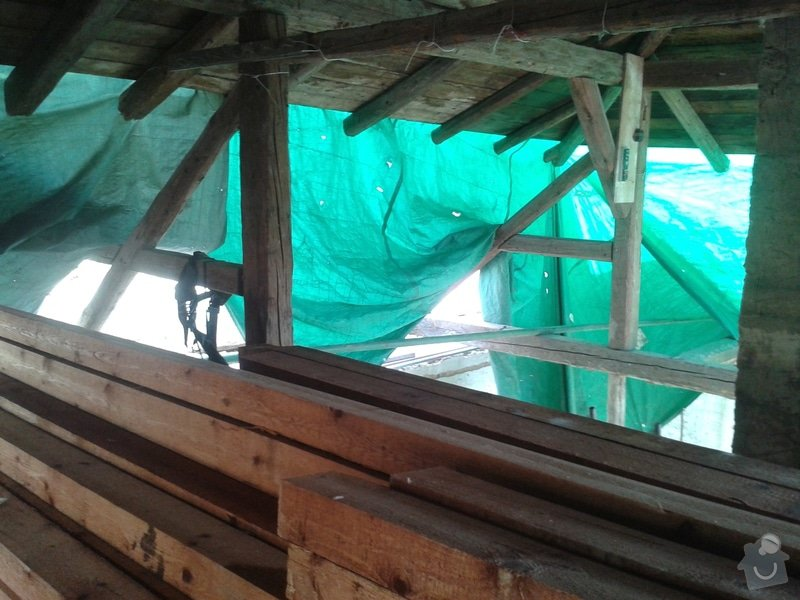 Rekonstrukce stanové střechy rodinného domu: 20140704_165505