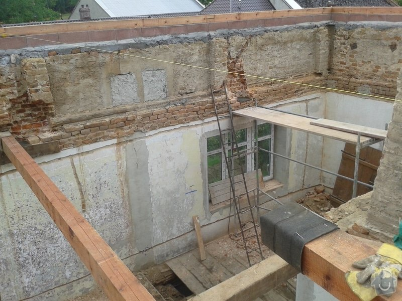 Rekonstrukce stanové střechy rodinného domu: 20140709_170304