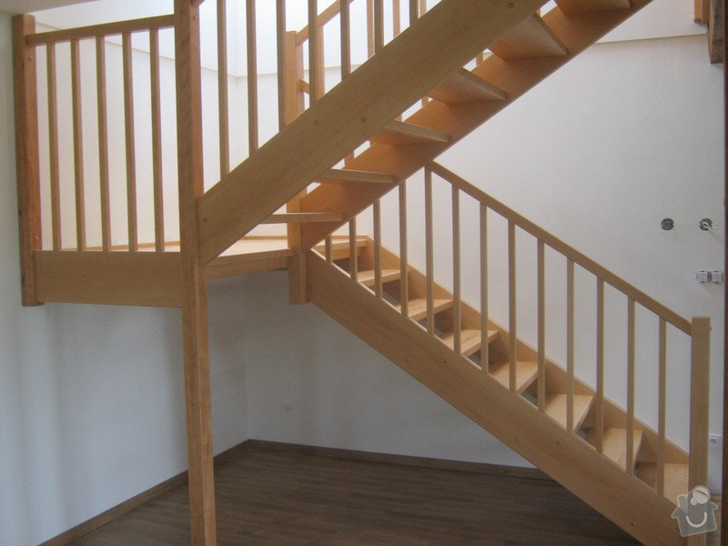 Samonosné schodiště buk: Samonosne_schodiste_buk