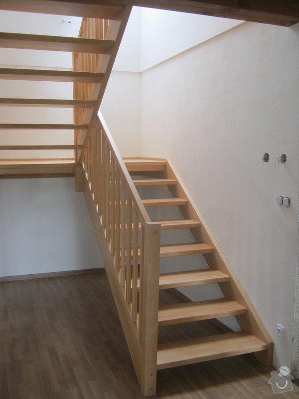 Samonosné schodiště buk: IMG_2990