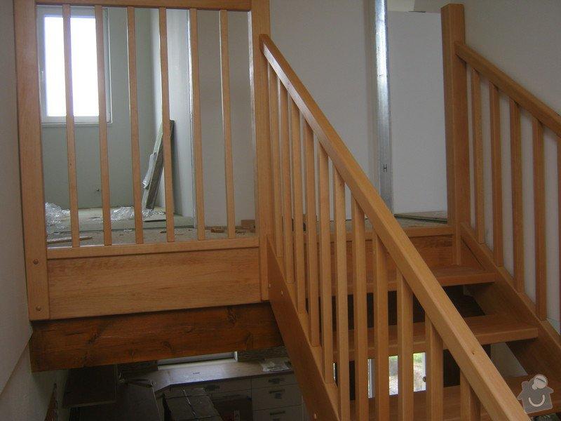 Samonosné schodiště buk: IMG_2993