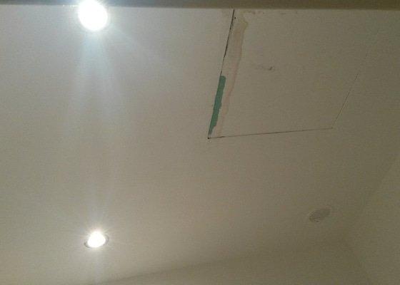Drobná zakázka pro sádrokartonáře - podhled v koupelně