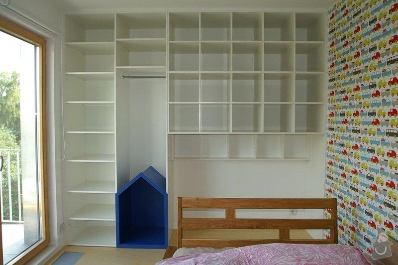 Dvě vestavěné skříně v laku: pan_Mzourek_2_