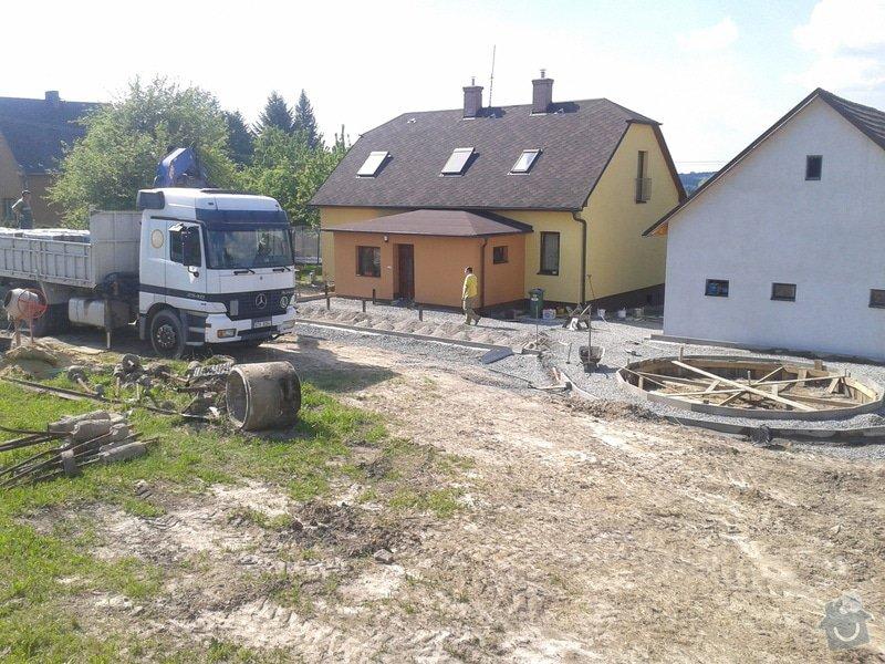 Výměna oken dveří, fasáda,podbytí,zámková dlažba,interiér - zednické opravy, elektrika: 2014-05-21_15.41.51