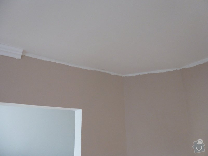 Nalepení polystyrenových stropních lišt: P1000822