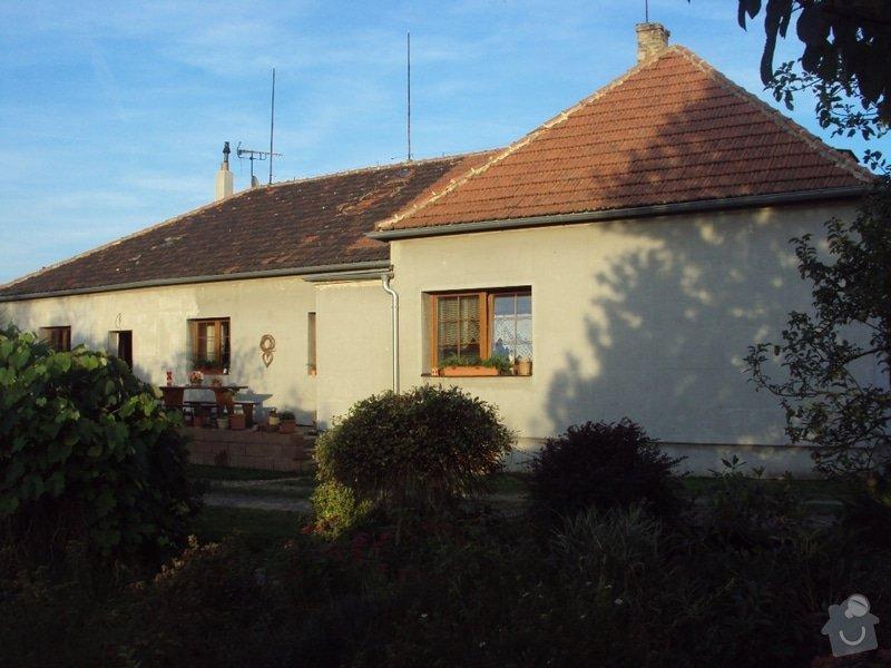 Potažení polyesterového zateplení domu lepidlem: DSC08677