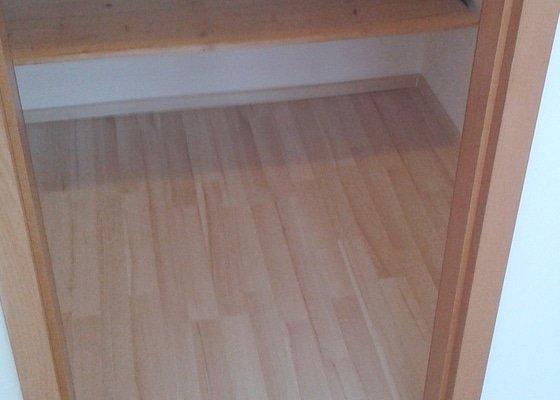 Podlaha do 2 loznic celkem 35m2